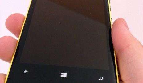 Nokia Lumia 920 - z predu