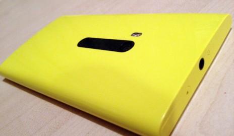 Nokia Lumia 920 - zadná strana